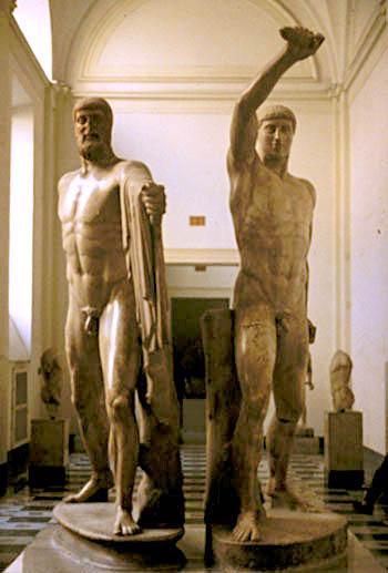 Harmodio y Aristogetón. Museo del Louvre.