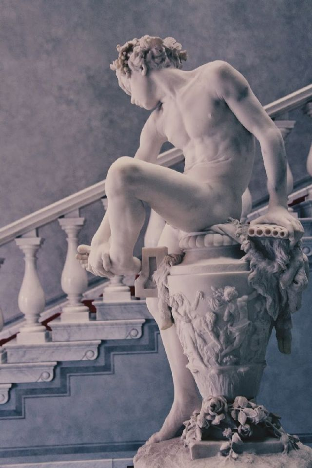"""[ """"Dornauszieher"""", Gustav Heinrich Eberlein, 1866. Berlin. Unter der gegenwärtigen verückten Psychose der ungeheuerlichen Verfolgungsart gegen erdachte Pederastien, innerhalb des katholischen Klerus, eine solche Sculptur zu erschaffen und sie in einem bischöflichen Hof zu stellen wäre undenkbar gewesen. Die üblichen schmuzigen Verfolger, """"Termiten des Untergangs"""", verwenden die unmenschlichsten und teuflichsten Methoden gegen bloß angeklagte aber unschuldige katholische Priester des Klassischen Christentums einer im Geiste der Sixtinischen Kapelle traditionstreuen Kirche . ( Bei http;//wehearit.com/entry/47174422/via/CureWolf ist eine bessere Aufnahme dieses hervorrragenden Kunstwerkes befindlich).]"""