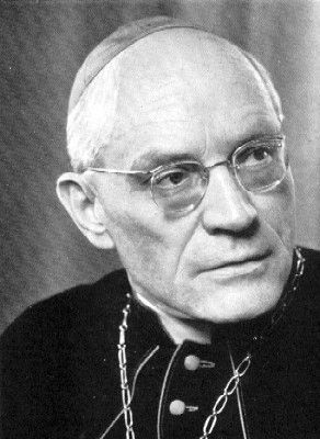 Der Hchwte. Herr Bischof Mons. Prof. Dr. Alois Hulda, welcher vom Feind der Kirche und der Macht, der Vaterländer, der Freiheit und Glück der gesunden Bevölkerung Europas und der weisen Völker stark und ständig überall entehrt worden ist.