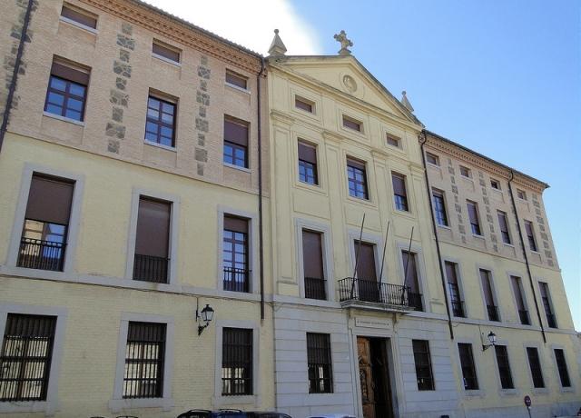 Fachada del Seminario Mayor o Semi ario Conciliar de Toledo capital, Primado de España.