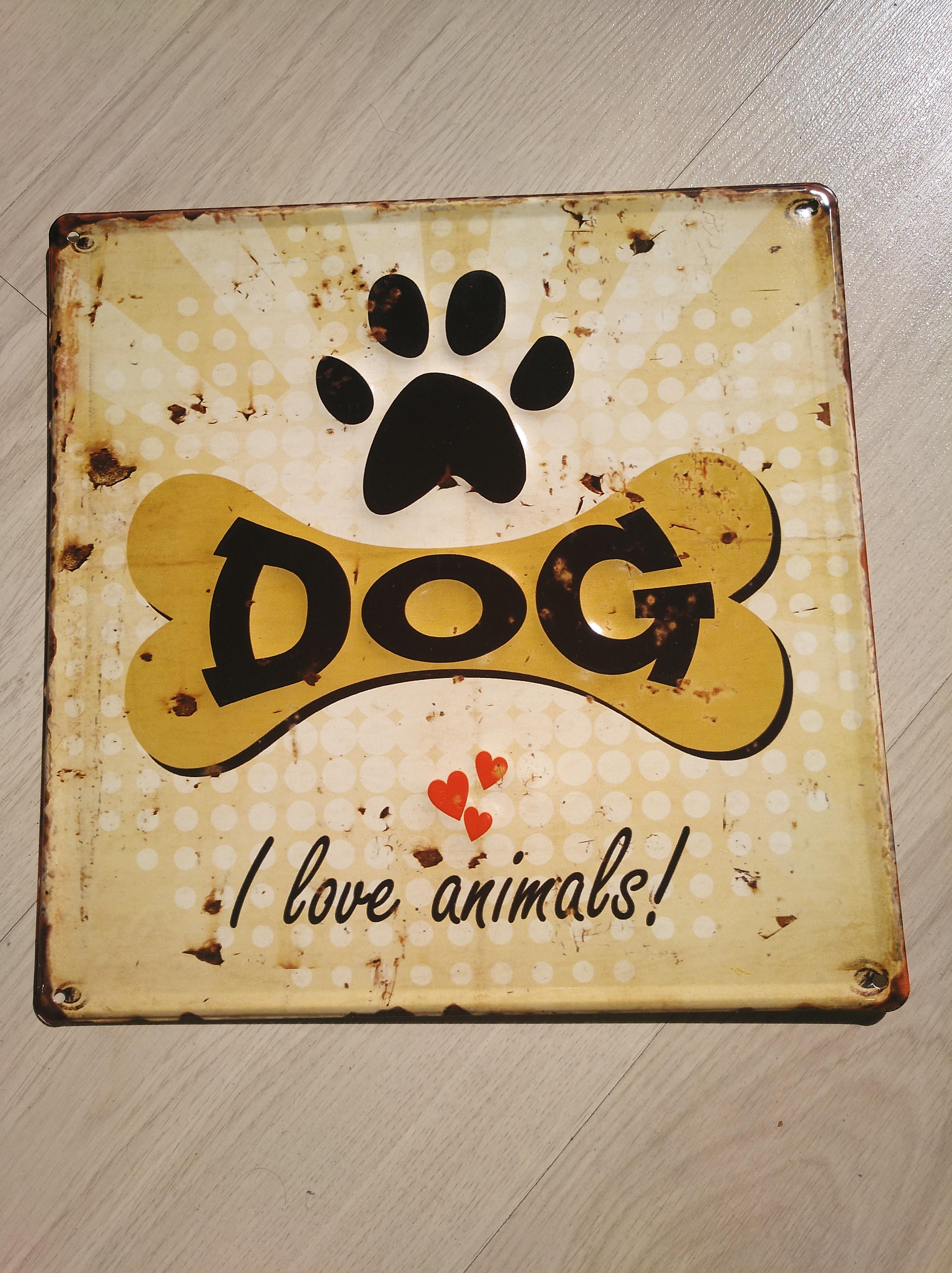 """Amo a Los perros (que no sean """"malas personas"""") y a los animales que sean buenos."""