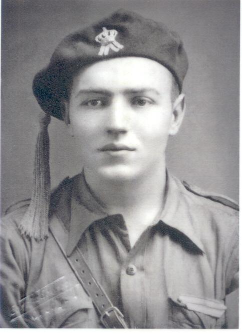 javier, miliciano Carlista de la Cruzada Española contra el judeovolchevismo del Frente Popular.